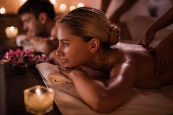 Experiences for couples to relax